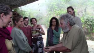 Chema Medina at Escuela Paso de la Danta shows us how the horses worms and microorgamisms create a thriving farm